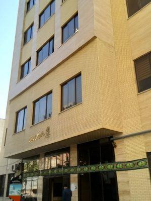 ساختمان گروهای مستقل آموزشی (رازی) 3650 متر مربع